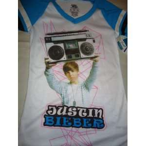 JUSTIN BIEBER GIRLS BIEBER FEVER MUSIC RADIO SLEEPWEAR/SHIRT (SIZE 8