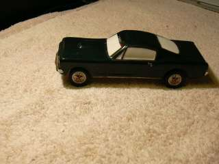 Dept 56 SVS Classic Car Series 1965 Ford Mustang Car 2+2 Fastback