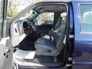 2006 Ford Super Duty F 350 SRW Crew Cab 172 XL Truck