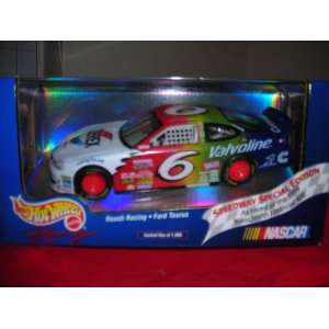 Hot Wheels Racing 124 Diecast Mark Martin #6 Ford Taurus 1999