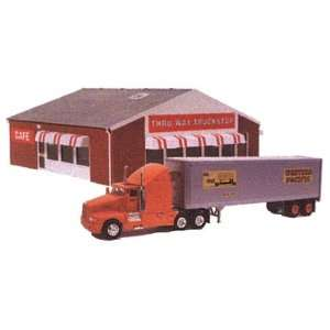 Truck Stop Lighted Built Up Building w/Two Figures and Truck Toys